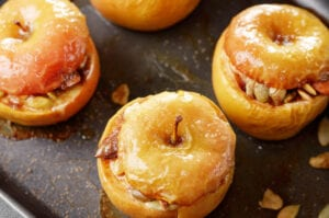 Baked Apples Stuffed with Goat Cheese