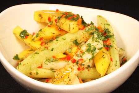 Jicama, Mango and Cucumber Salad – Garden Cut®