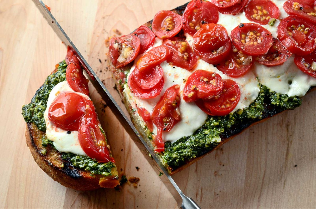 Grilled Bread with Pesto, Burrata and Tomatoes