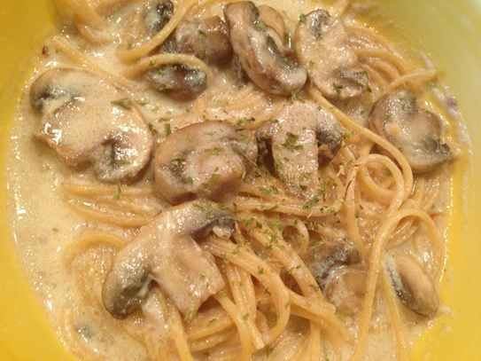 Crockpot Mushroom Tetrazzini