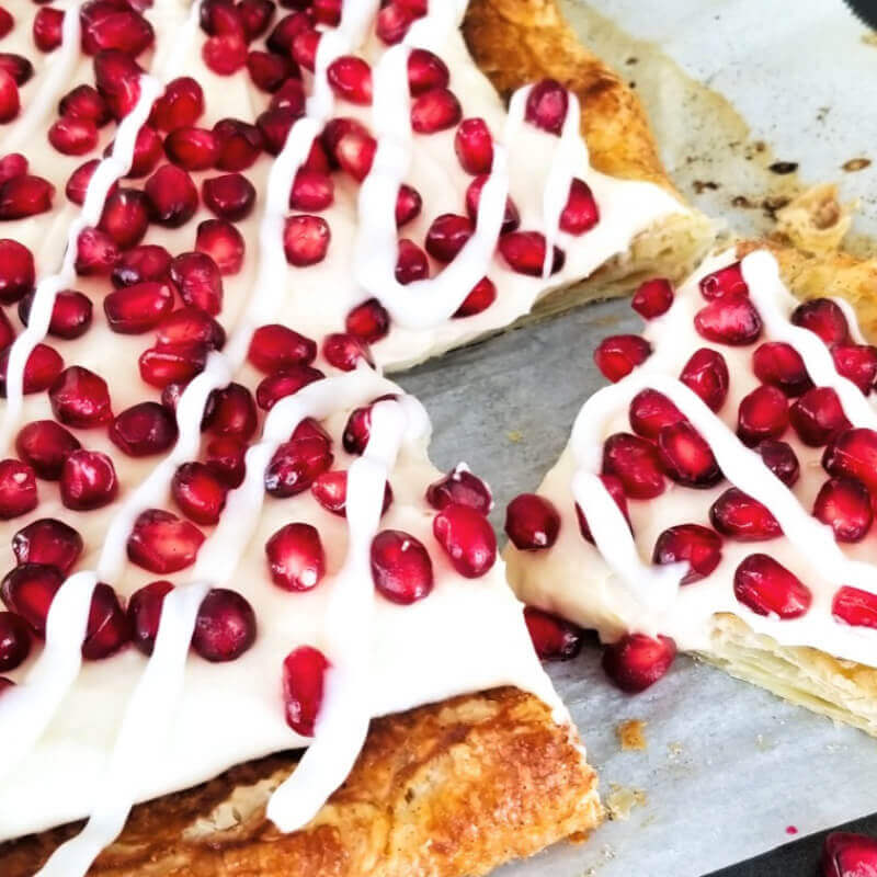 Pomegranate Tart with Lemon Cream