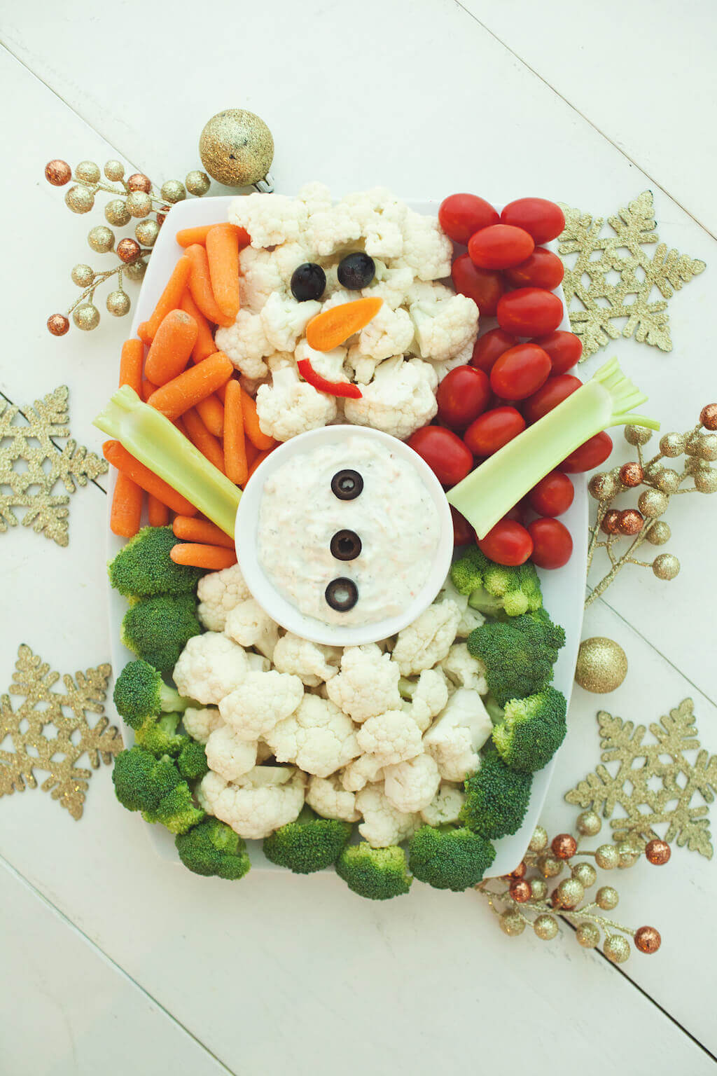 Snowman Veggie Tray | Winter Vegetable Tray
