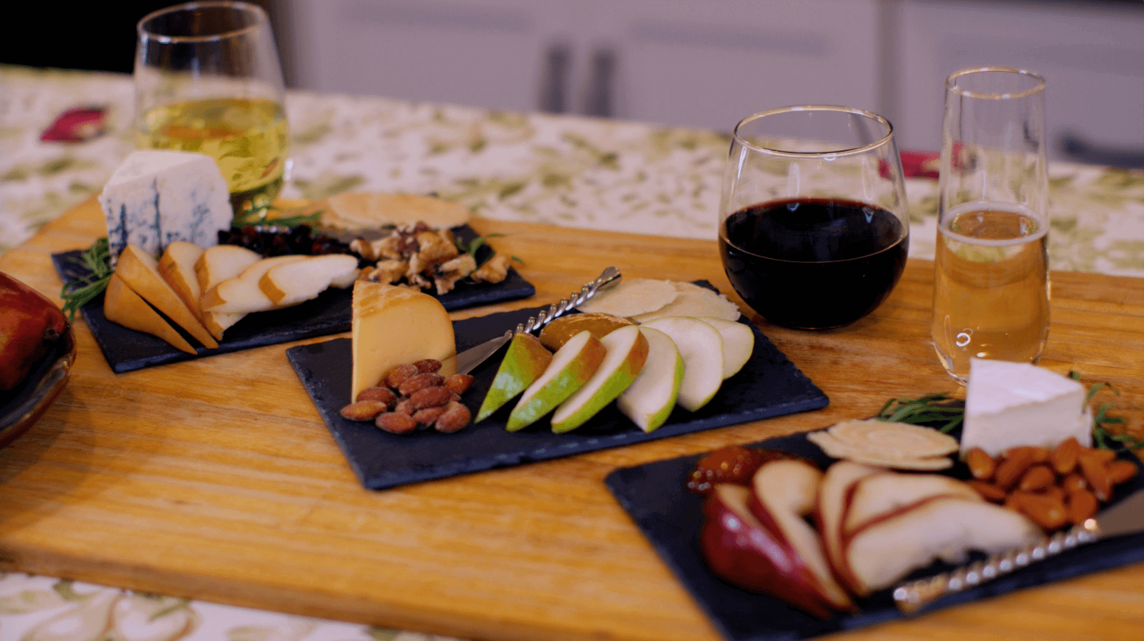 Pear, Cheese, and Wine Pairing Guide   Holiday Pear & Cheese Tray Ideas