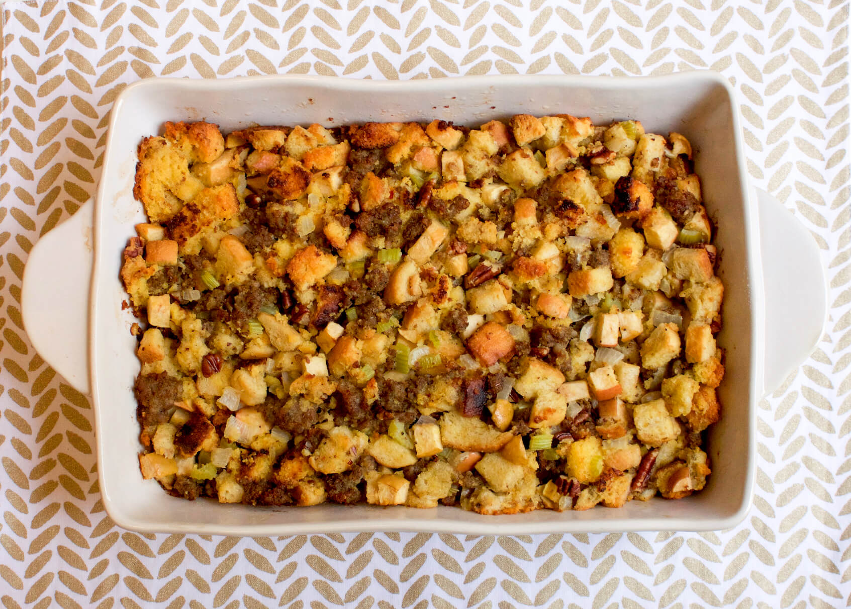 Cornbread-Sausage Stuffing with Pink Lady® Apples