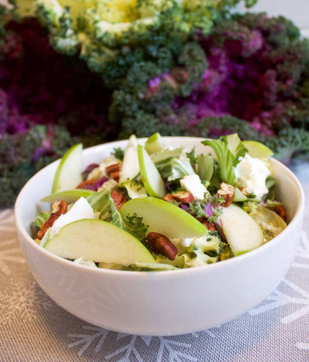 Colorful Salads: Salad Savoy Signature Salad with Apples