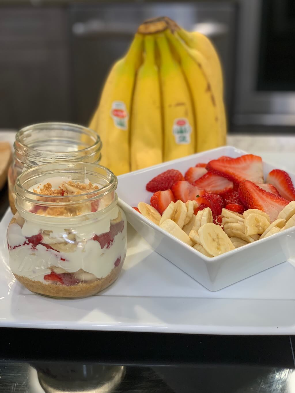 Strawberry-Banana No Bake Cheesecake Ball Jars