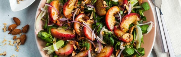 Grilled Summer Peach Salad