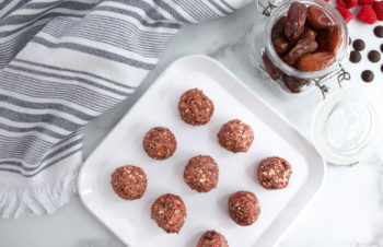 No-Bake Raspberry & Dark Chocolate Energy Bites