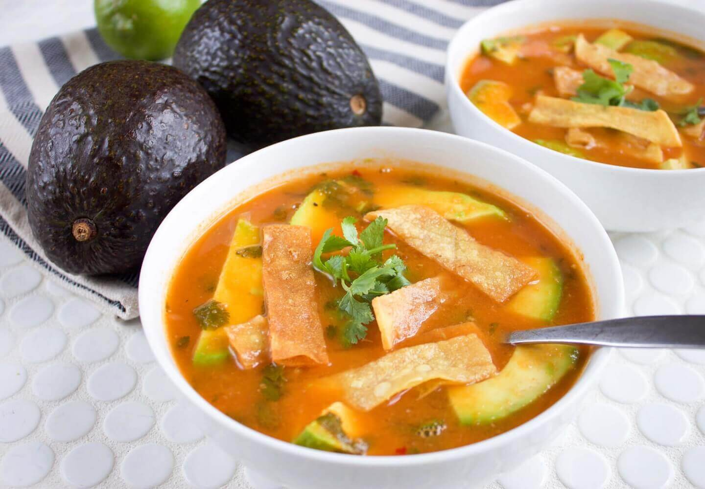 Southwestern Recipes: Avocado and Tortilla Soup